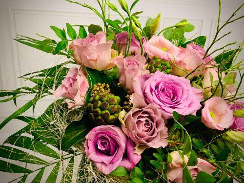Blumen als Strauß in fliederfarben