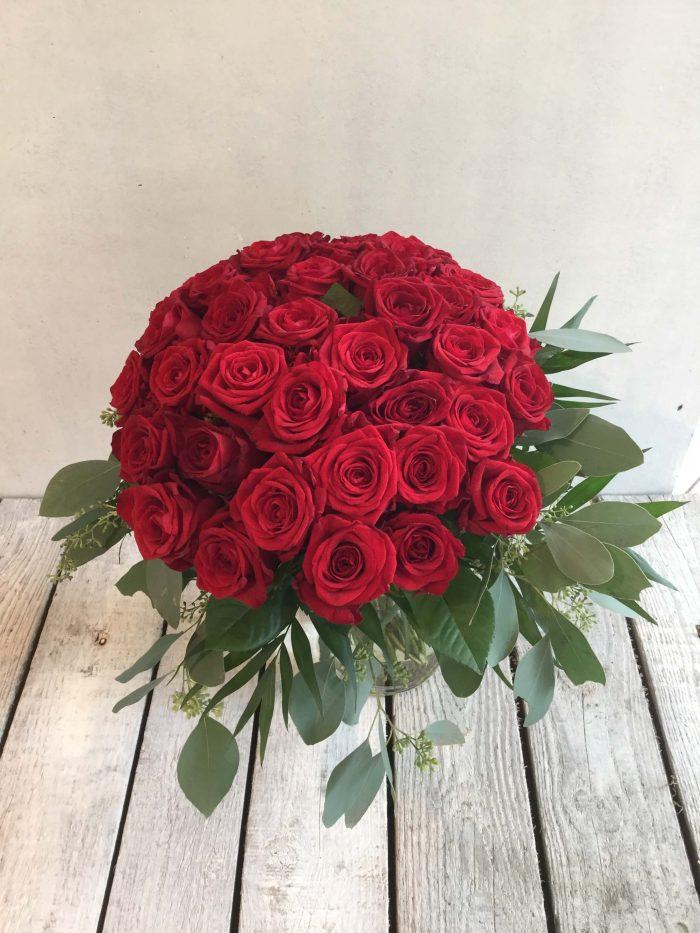 Strauß rote Rosen Kopf an Kopf