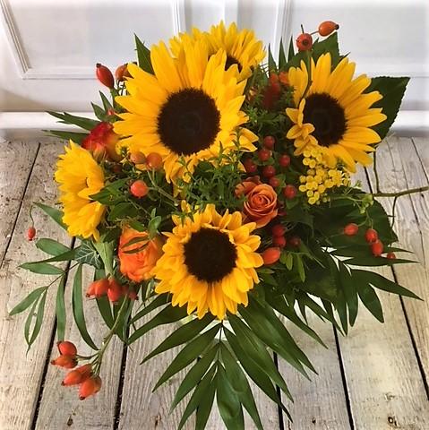 Sonnenblumen als Strauß