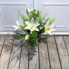 weiße Lilien ohne Duft