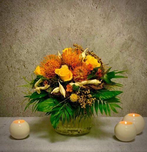 Blumenstrauß Nadelkissen Protea aus Südafrika
