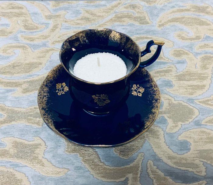Tasse mit Kerzensand Wachsgranulat